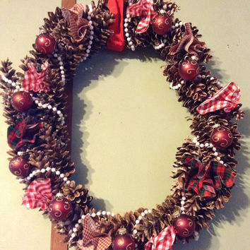 Christmas wreath pine cone
