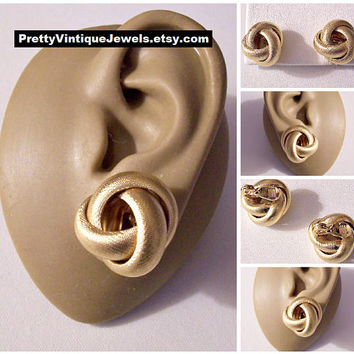 Monet Florentine Band Knots Clip On Earrings Gold Tone Vintage Wide Weaved Bands Comfort Paddles