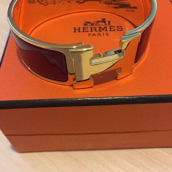 VONE7FQ AUTHENTIC Hermes Clic Clac H Bracelet Red Enamel?with Gold Plated Finish