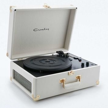 Crosley Marshal White Keepsake EU Record Player - Urban Outfitters