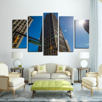 Woodward Detroit - 5 Panel Canvas Wall Art