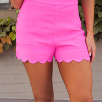 Scalloped Shorts Hot Pink