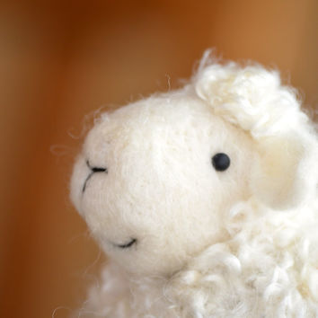 Lamb - White wool needle felted Sheep - needle felted animals