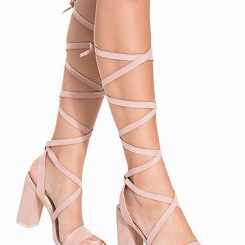 Lace Up Block Heel Sandal, NLY Shoes