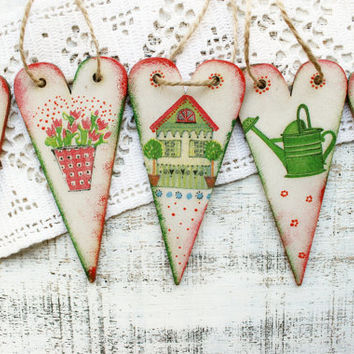Wooden hearts heart ornaments garden spring wedding favors Valentines day decor off white red green bridal shower gardenning flowers