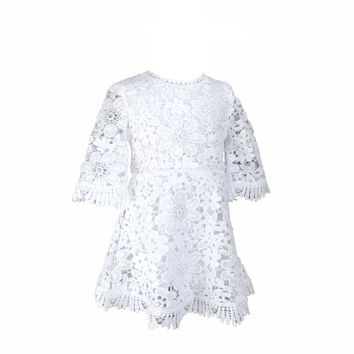 Ins Hot Sell Sweet Baby Girls Lace Dress Bell Sleeve Princess Summer White Party Dress Western Fashion Cute Baby Clothing