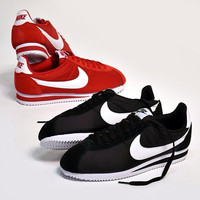 NIKE Fashion  Women Men Black White Cortez Forrest gumplovers shoes running shoes