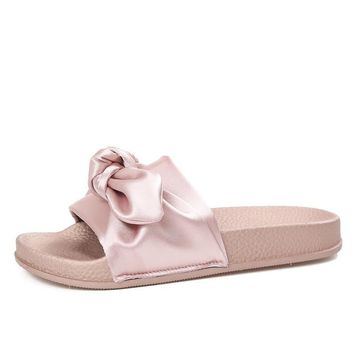 Lotus Jolly Silk Bow Slides Women Summer Slides Pink Silk Bow Slippers Flat Heel Flip Flops Female Ladies Sandals Rihanna Style