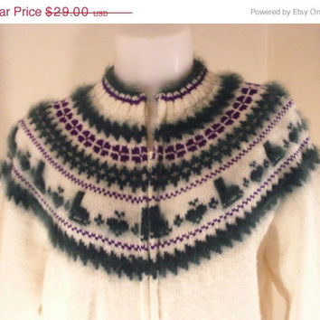 On Sale Vintage 70s Off-White Cardigan Sweater Ice Skate Pattern