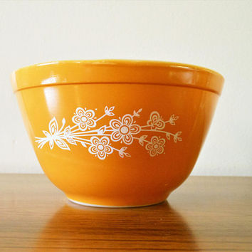 Pyrex Butterfly Gold 2 Mixing Bowl,  BFG Nesting Bowl, Pyrex 401, Butterfly Gold Nesting Bowl, Small Butterfly Gold Mixing Bowl