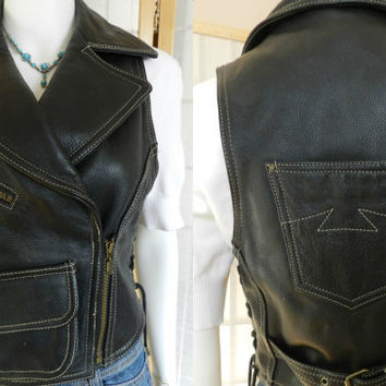 Vintage Danier Leather Motorcycle Vest, Black Leather Womens Sleeveless Vest Cropped Jacket, Size XS