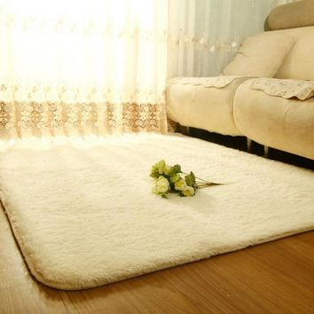 Modern- Shaggy Wool Rug -Faux Fur