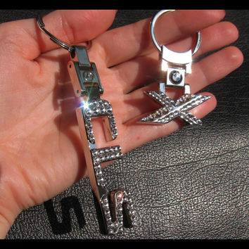 has video Car Crystal Keychain Mercedes keychain Mercedes Silver keychain Mercedes keychain with Swarovski bling car logo schlüsselanhänger