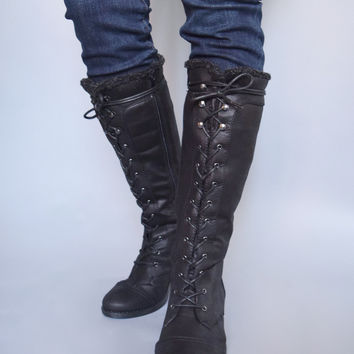 Aspen Lace Up Boots Black