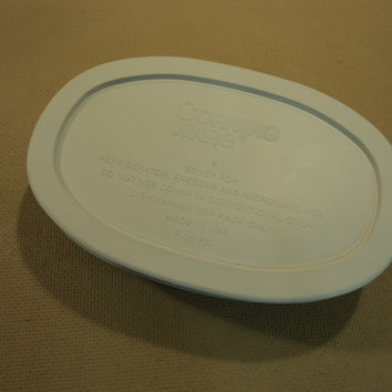Corning Ware Stoneware Oval With Lid 15-oz French White F-15-B -- Used