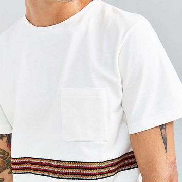 Native Youth Compound Tee - Urban Outfitters
