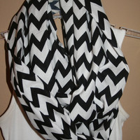 Black and White Chevron Infinity Scarf, Zig Zag Circle Scarf