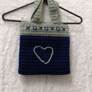 Crochet Mini Tote Navy and Taupe XOXOX Heart