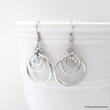 Triple hoop chainmaille earrings