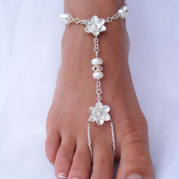 Adorn your feet with Silver flowers by PassionflowerJewelry