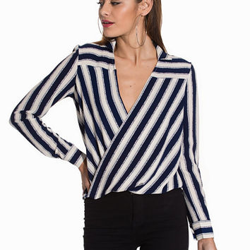 Jailhouse Rock Blouse, NLY Trend