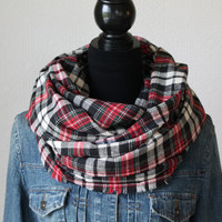 Red and Black Plaid Scarf, Plaid Infinity Scarf, Winter Scarf, Womens Scarf, Mens Scarf, Fall Scarf, Chunky Scarf, Christmas Gift