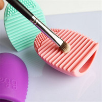 Brushegg Cosmetic Makeup Brush Cleaner