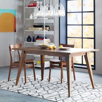 Versa Dining Table