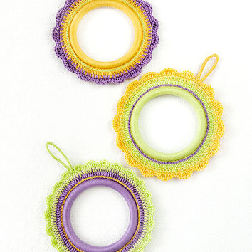Crochet Hoop Photo Frame / Ornate Picture Frame / Colorful Frames/ Kids Room Decoration / Set of 3