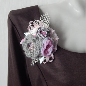 Beautiful Handmade Brooch. Boho brooch, Textile brooch,Corsage pin,Rustic Brooch,Shabby brooch,Fabric brooch,Textile corsage, Rustic wedding