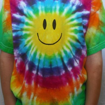 Tie dye smiley kids