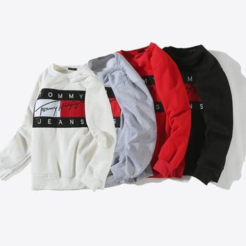 spbest Tommy Jeans Classic Sweater