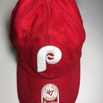 47 BRAND PHILADELPHIA PHILLIES RED FELT FEEL RETRO P RELAXED FIT FITTED HAT