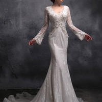 Sexy Mermaid Fit and Flare Lace Wedding Dress with Keyhole Back and Long Sleeves