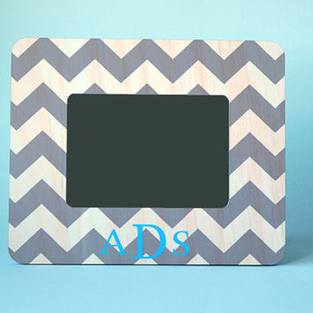 Custom Gift, Personalized Chevron Picture Frame Picture, Baby Shower Gift for Boy, Monogram Picture Frame