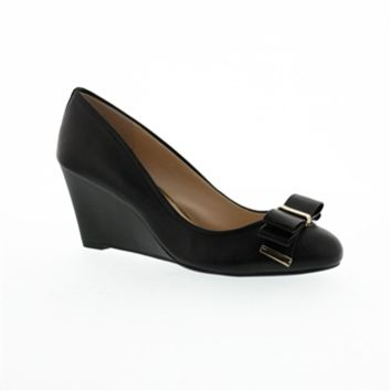 Jessica Simpson Slane Bow Wedge at Von Maur