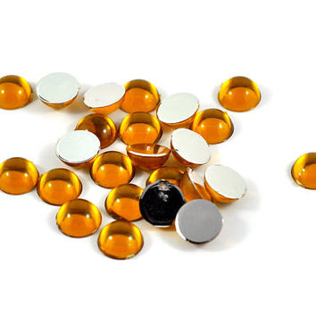 Round Acrylic Flat Back High Dome Cabochons Available in Orange Gold - Jewellery and Craft Supplies 1.1 cm diameter - quantity 20