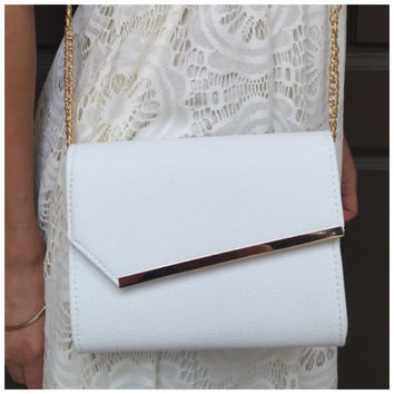 To The Side Handbag - Crisp White