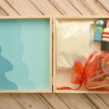 Wooden Pirate Play Set, Sensory Box with Pirate Peg Dolls, Montessori Toddler, Toddler Gift, Christmas Gift for Kids, Play Therapy Sand Box