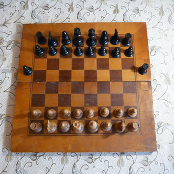 Vintage Board game chess set large size wooden box chess game, bakelite figures + two extra figures