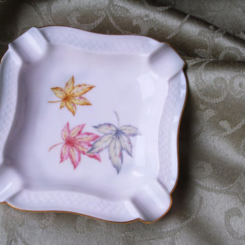 1950s Vintage Thomas Germany 7465 Maple Leaf Design Ashtray