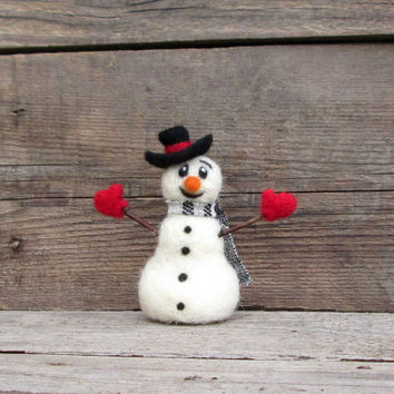 Snowman Cute Christmas decoration Winter figurine Hanging ornament Felted miniature snowman Xmas Woolen ornament Waldorf magic