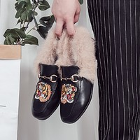 Women Fashion All-match Embroidery Tiger Head Rabbit Hair Square-toe Leather Shoes Loafer Flats Shoes