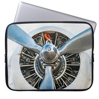 Douglas DC-3 Aircraft. Propeller Laptop Sleeve