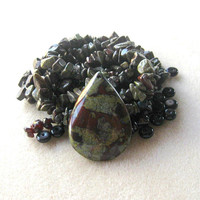 Dragon Blood Jasper, Chip Beads, Garnet Beads, Jewelry Making Beads, DIY Jewelry Kit, Bead Kit, Gemstone  Beads, Bead Supply, Necklace Kit