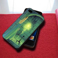 Aurora & Maleficent iPhone 5/5S/5C/4/4S, Samsung Galaxy S3/S4/S5, iPod Touch 4/5, htc One X/x+/S