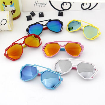 LABULAKA 2017 New Korean Children Polygon Sunglasses Fashion Baby Colorful Mirror Reflective Sun glasses Kids Boys Girls Shades