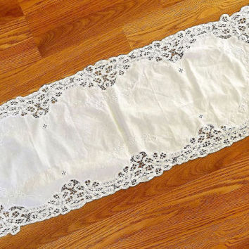 Vintage Battenburg Lace Table Runner, white lace runner, dresser table scarf, table linens, Cottage Chic, Victorian, Shabby decor