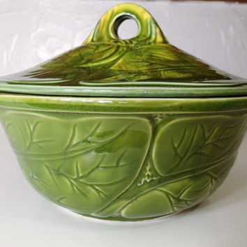 Covered casserole California Original Pottery serving bowl Tureen 899