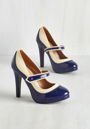 Rockabilly Classy Indeed Heel in Navy from ModCloth  5a9b94e84